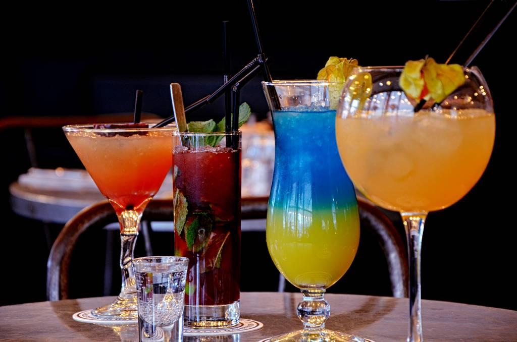 Bar cocktaile rue La fayette Paris 9e